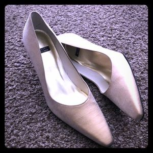 Authentic Stuart Weitzman Heels
